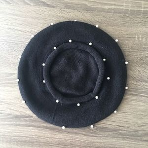 Beret Hat with pearls